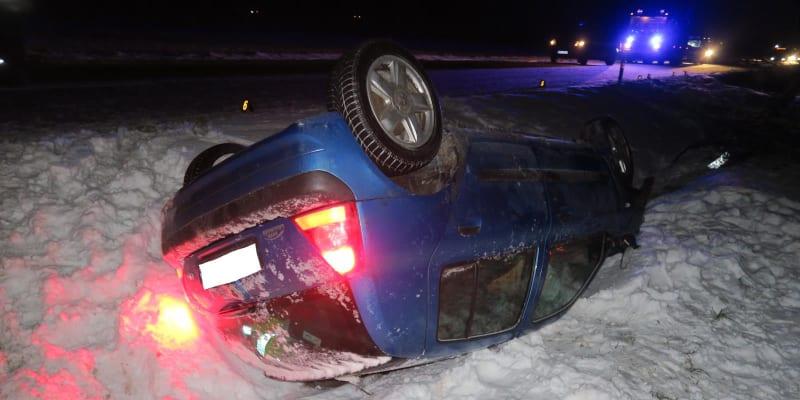 Nehoda se stala ve večerních hodinách 11. února v obci Klatovy.