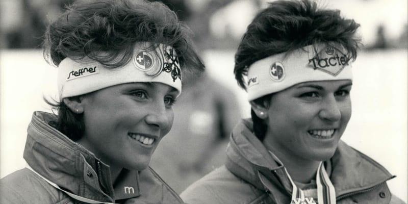 Švýcarky Maria Walliserová a Michela Figiniová na domácím světovém šampionátu v Crans Montaně v roce 1987