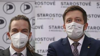 SLEDUJTE ŽIVĚ: Koalice Pirátů a STAN startuje svou předvolební kampaň
