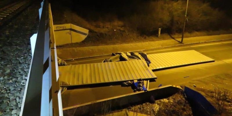 K dopravní nehodě došlo v Plzni v ulici U Velkého rybníka.