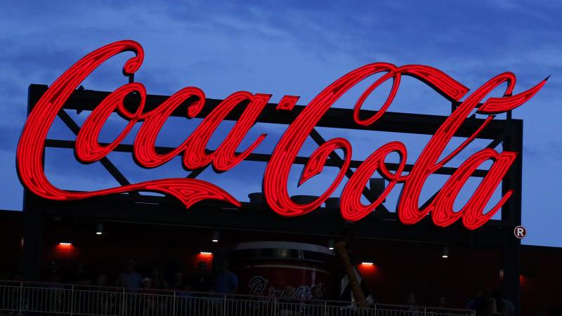 """Coca-Colou propagovaný seminář """"Zkuste být méně bílí"""" zmizel. LinkedIn jej stáhnul"""