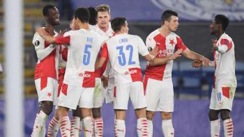 Slavia si ze Slovácka přivezla britskou mutaci. Je v ohrožení zápas s Rangers?