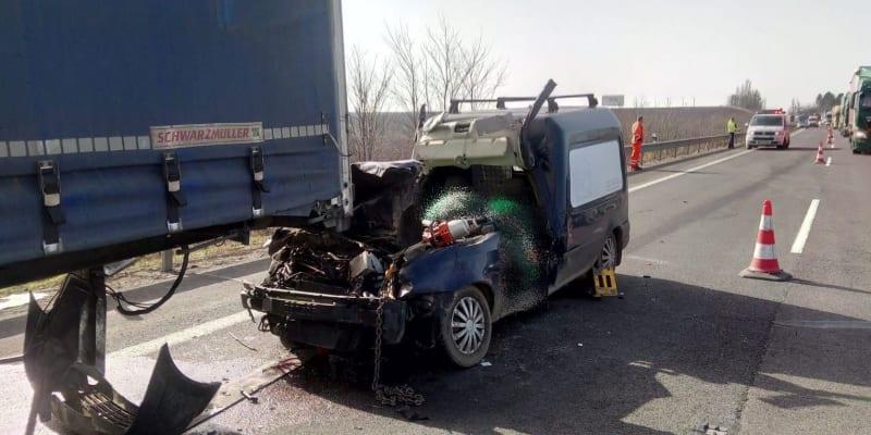 K tragické dopravní nehodě došlo ve čtvrtek dopoledne na tahu mezi Trnavou a Nitrou na Slovensku.