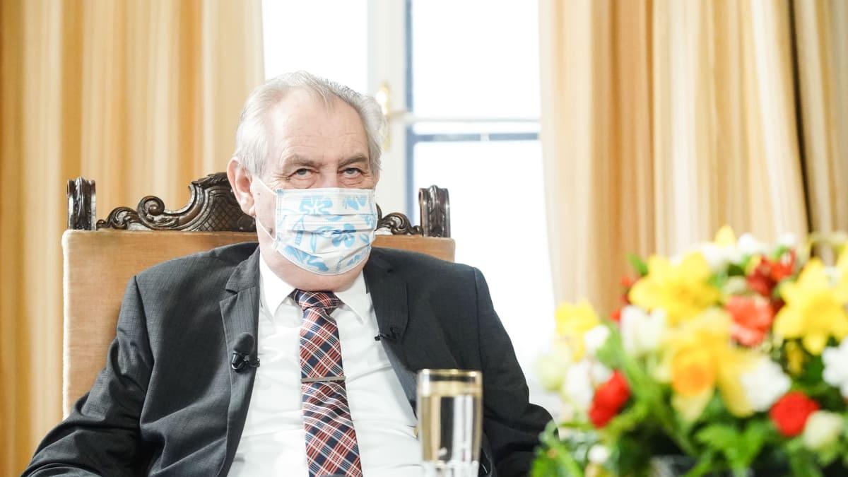 Zeman na popud Babiše požádal Čínu o dodávku vakcín proti covidu, Peking vyhoví