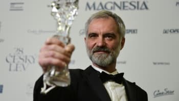 Nejlepším celovečerním filmem je Šarlatán, na Českých lvech bodoval i Hynek Bočan