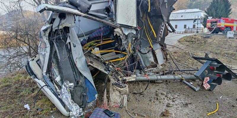 K ošklivé nehodě došlo na železničním přejezdu ve slovenské Iliaši, městské části Bánské Bystrice.