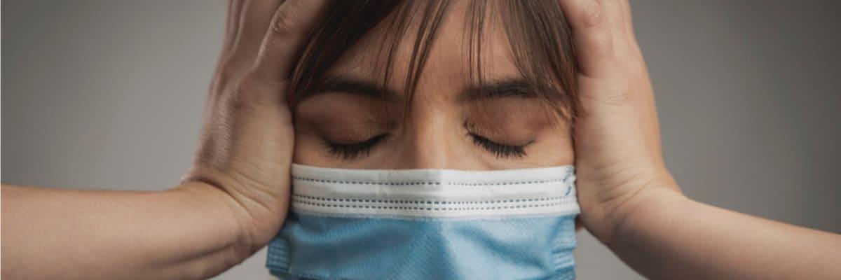 Češi hlásí tisíce nežádoucích účinků po očkování. PŘEHLED nejčastějších potíží