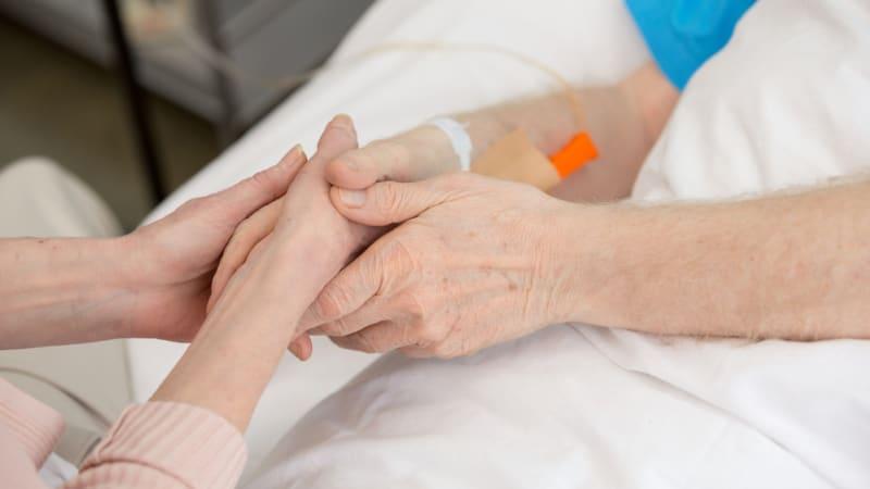 Covid ohrožuje lidi s nemocným srdcem, častěji kvůli němu umírají, říká kardiolog