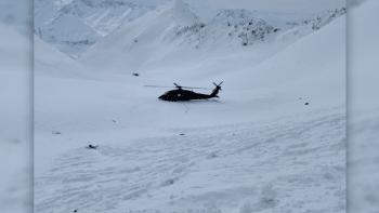 Detaily Kellnerovy smrti: Vrtulník několik minut manévroval nad horskými hřebeny