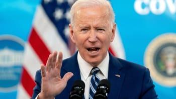Odveta za vměšování do voleb a hackerské útoky. USA vyhostí 10 ruských diplomatů