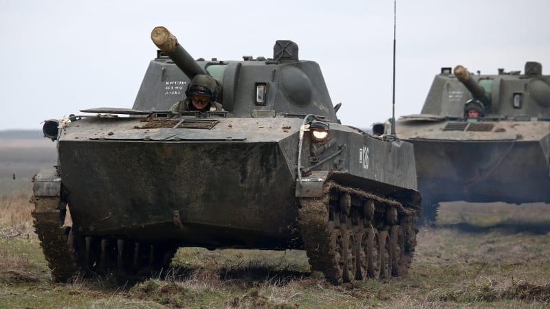 Pokud zintenzivníte akce v Donbasu, bude to konec Ukrajiny, vyhrožuje Rusko Kyjevu