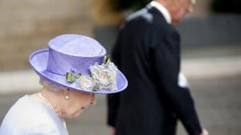 Poslední minuty prince Philipa: Alžběta u smrtelné lože a velké smíření s Charlesem