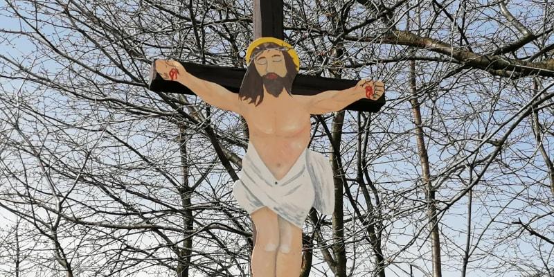 Ježíš Kristus u silnice cestou z Bohuslavic do Budišova nad Budišovkou.