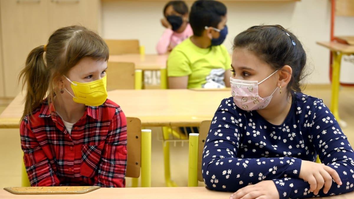 Testování ve školách budí pochybnosti. Jsou děti doma zbytečně?