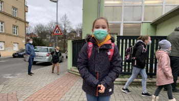 Velký návrat dětí do škol: Těším se na kamarády i paní učitelku, říká malá Alexandra