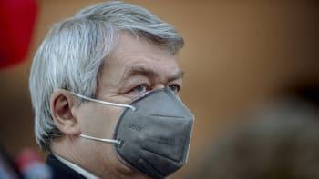 Filip: Článek o Hamáčkovi je snůška nesmyslů, jinak by Kroupa byl agentem tajné služby