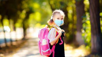 Rotační výuka by měla skončit nejpozději koncem května, říká ministerstvo školství
