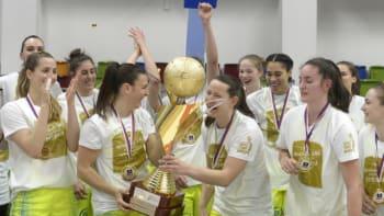Basketbalistky USK i potřetí pokořily Hradec Králové a mají rekordní patnáctý titul