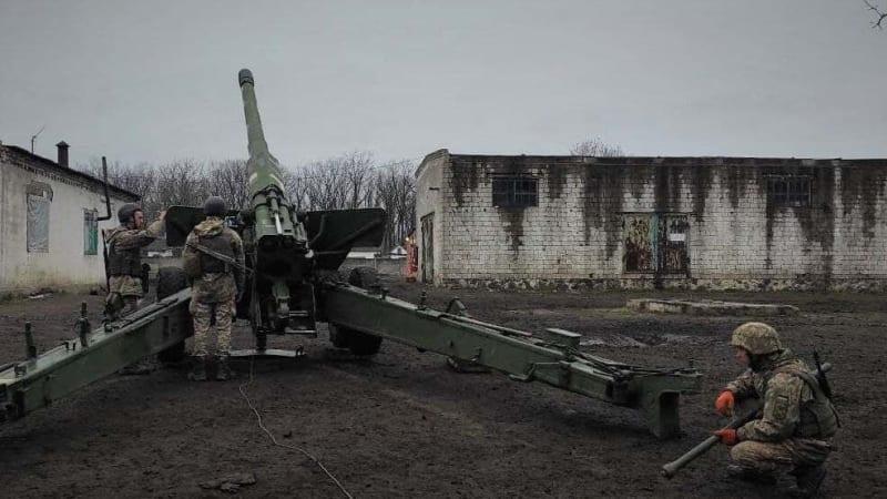 Tvrdý trest za účast v bojích na Ukrajině. Vrchní soud uložil muži 21 let vězení