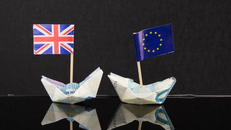 Brexit způsobuje úprk finančních institucí z Londýna. Vítězi jsou irský Dublin a Paříž