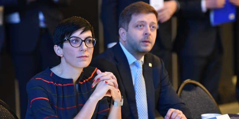 Šéfka TOP 09 Markéta Pekarová Adamová a lídr hnutí STAN Vít Rakušan na kongresu ODS v roce 2020.