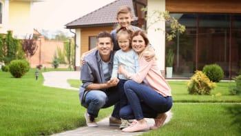 Hypotéky dál zdražují. Češi si přesto na bydlení půjčili tolik jako za celý rok 2019