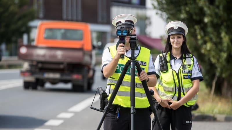 PŘEHLEDNĚ: Stovky míst v Česku obsadili policisté s radary. Kde si dát pozor?