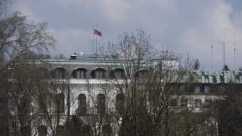 Česko jde cestou ničení vztahů, zní z Ruska. Odpověď na sebe nenechá dlouho čekat