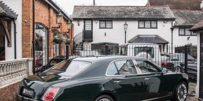Bentley Mulsanne, který vlastnila Její Výsost Alžběta II.