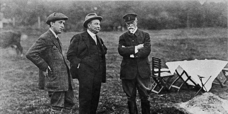 Zleva Jaroslav Preiss, Karel Čapek a Tomáš Garrigue Masaryk