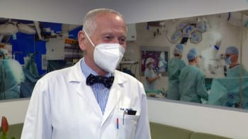 Pirk: Chci operovat, dokud budu moct. Na kliniku dohlédnu i z nebe nebo pekla