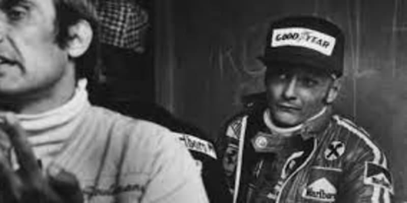 Ne, tihle dva se opravdu neměli v lásce. Niki Lauda se nejspíš oprávněně domníval, že jej chce Reutemann přpravit o místo v tehdy nejlepším týmu světa.