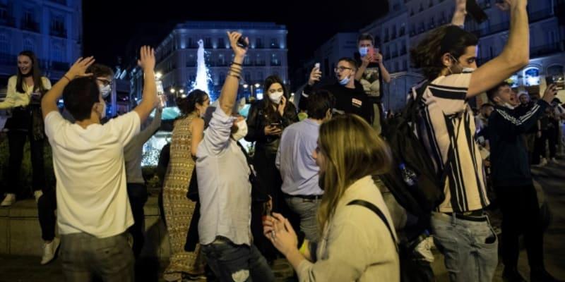 Velká pouliční party se konala také v Madridu.