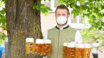 PŘEHLEDNĚ: Jak si od pondělí zajít na pivo na zahrádku?