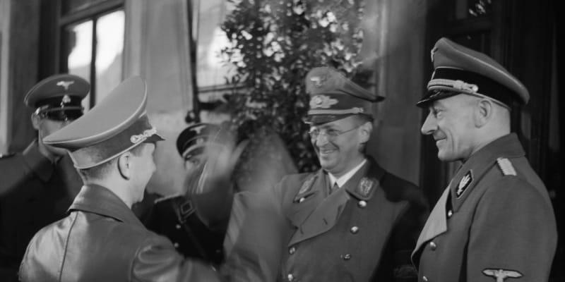 K. H. Frank při setkání s ministrem propagandy Josephem Goebbelsem.