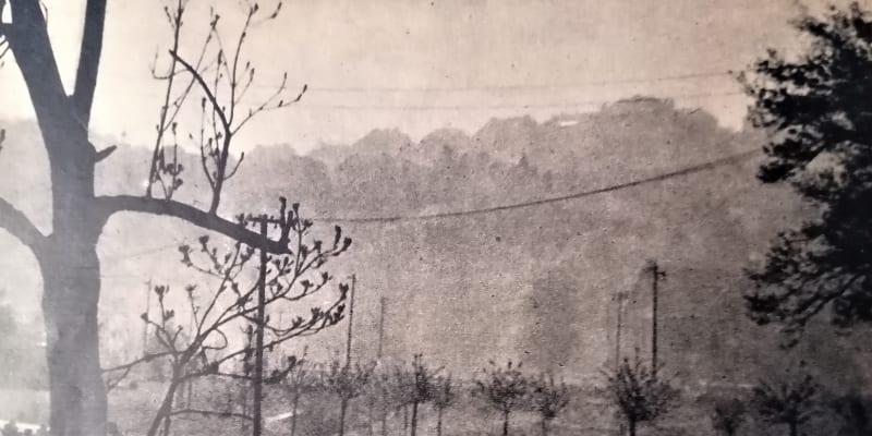 Odsun Němců. Foto z časopisu Květnová revoluce, Melantrich 1945.
