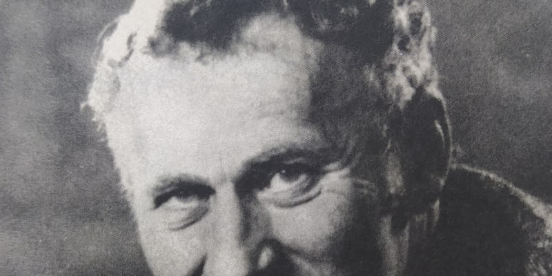 """""""Otec se každých 14 dnů vytratil, z Československa pašoval časopisy Strážná věž a Zlatý věk,"""" vzpomíná Max von der Grün na to, za co byl jeho otčím hned začátkem října 1938 zatčen."""