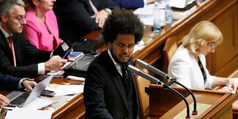 Dominik Feri ve Sněmovně. Do dolní komory se dostal v roce 2017.