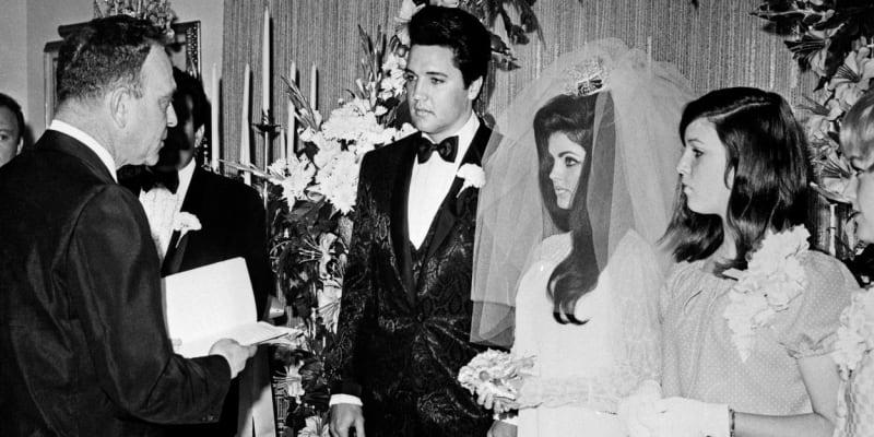 Elvisova svatba s Priscillou. Společně strávili šest let.