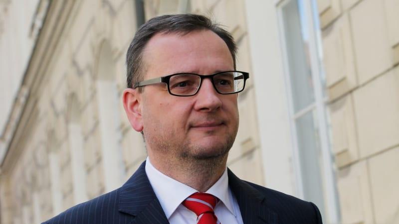 Nečas: Vyhrocení česko-čínských vztahů není správné. Místa po nás zaujmou firmy z EU