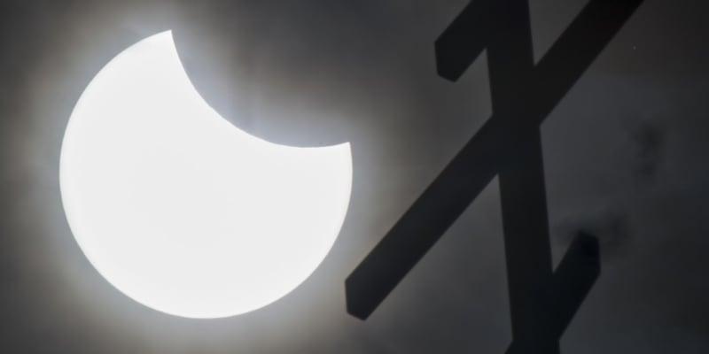 Částečné zatmění Slunce v Rusku