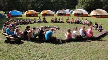 Chaos kolem táborů se blíží ke konci. Budou se vaše děti muset znovu testovat?
