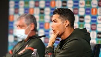 KOMENTÁŘ: Jak Ronaldo (ne)oloupil Coca-Colu o miliardy dolarů aneb Mýty vs. fakta