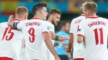 Španělé opět zaváhali. Zahodili penaltu, Poláci mají naději díky Lewandowskimu