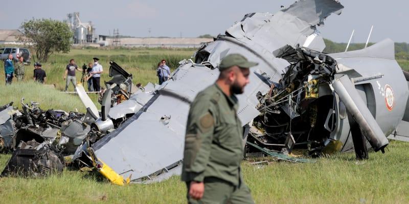 Letoun, na jehož palubě podle dostupných informací bylo 19 lidí, havaroval nedaleko letiště Tanaj.