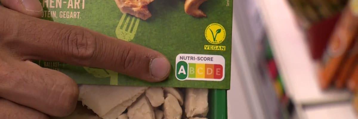 Nesmyslný nutriční semafor EU? Podle něj jsou hranolky i chipsy zdravější než losos