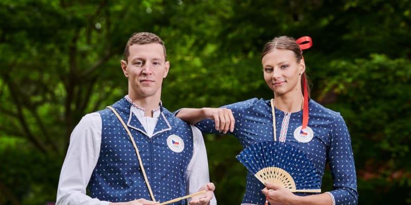 Čeští olympionici nastoupí v Tokiu v oblečení, které je inspirované lidovými kroji a obsahují prvky modrotisku.