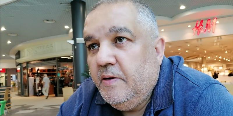 Josef Stojka, jeden z nejvýše postavených olašských vajdů v ČR, člen Rady vlády pro národnostní menšiny