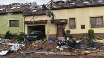 Budeme vstřícné, slibují pojišťovny. Jak nahlásit škodu po tornádu a na co dát pozor