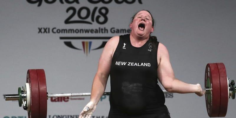 """Belgická soupeřka Vanbellinghenová označila účast Hubbardové na olympiádě za """"špatný vtip""""."""